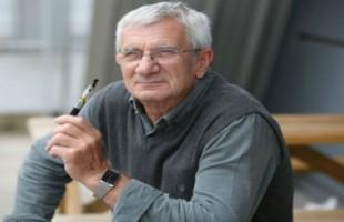 Vaping Helps Recorder Photographer Quit Smoking