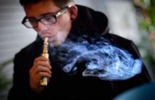 Minneapolis Bans Use Of E-Cigarettes In Public