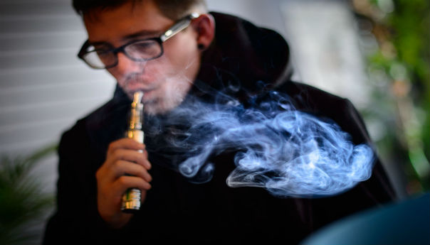 Minneapolis Bans Use Of E-Cigarettes In Public