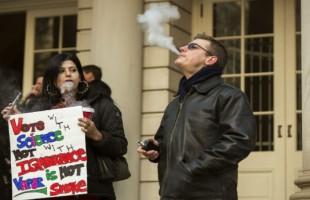 Boulder's Expanded Outdoor Smoking Ban Includes E-Cigs